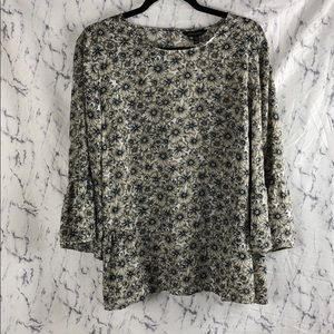 Banana Republic Flowy Floral Blouse / Top